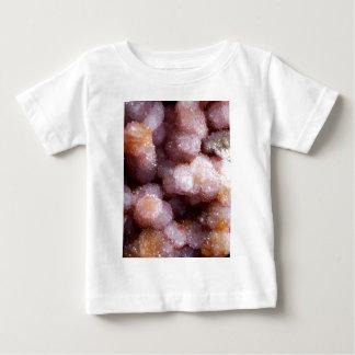 クリーム色の水晶ミネラル石 ベビーTシャツ
