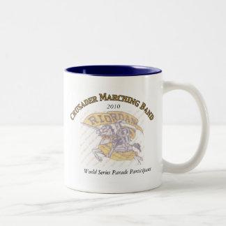 クルセーダーのマーチングバンドのコーヒー・マグ ツートーンマグカップ