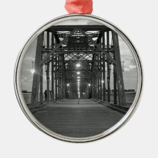 クルミの通り橋 メタルオーナメント