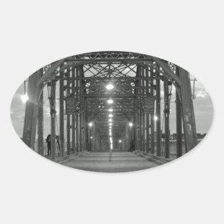 クルミの通り橋 楕円形シール