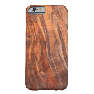 クルミ(木製の穀物)のiPhone6ケース Barely There iPhone 6 ケース