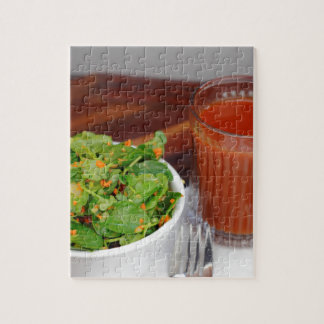 クレソンサラダに服を着せるショウガのにんじんのトマト ジグソーパズル