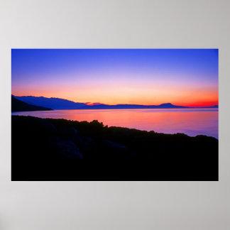 クレタの海岸の沖の日没 ポスター