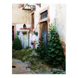 クレタ、ギリシャの美しい中庭 ポストカード