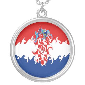 クロアチア すごい 旗