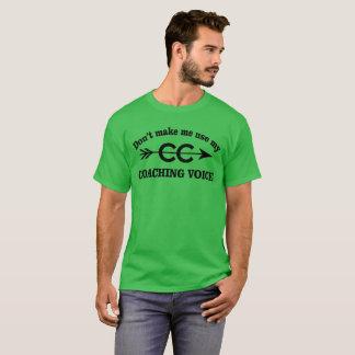 クロス・カントリーのコーチのTシャツ Tシャツ
