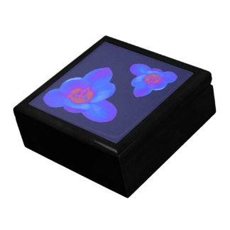 クロッカスの花の熱く、冷たいギフト用の箱 ギフトボックス