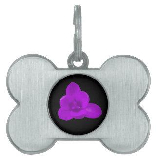クロッカスの花の紫色のペットタグ ペットネームタグ