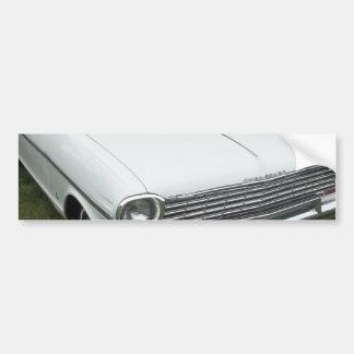クロム正面図の白いchevy 1963年の新星 バンパーステッカー