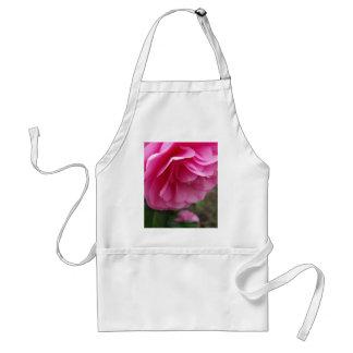 クローズアップのピンクの花のピンクCamillia スタンダードエプロン