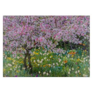 クロード・モネの庭の春 カッティングボード