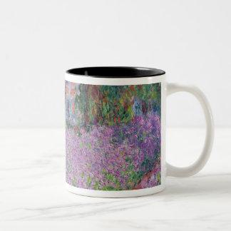 クロード・モネ| Givernyの芸術家の庭 ツートーンマグカップ