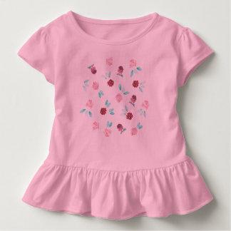 クローバーによっては幼児のひだのTシャツが開花します トドラーTシャツ