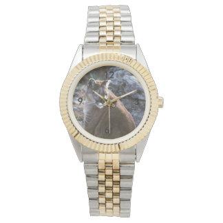 クーガーのモデル 腕時計