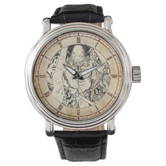 クールでクラシックなヴィンテージの日本の鬼インク入れ墨 腕時計