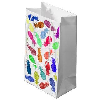 クールでファンキーでおもしろいな水彩画のパイナップルパターン スモールペーパーバッグ