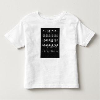 クールで白い幼児のTシャツ トドラーTシャツ