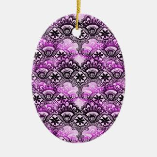 クールで鮮やかで動揺してな紫色のレースのダマスク織パターン セラミックオーナメント