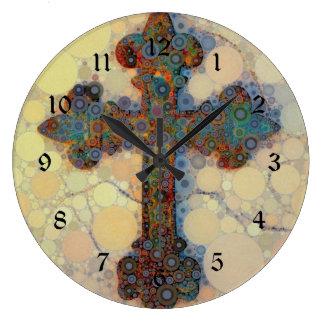クールなキリスト教の十字の円のモザイク模様 ラージ壁時計