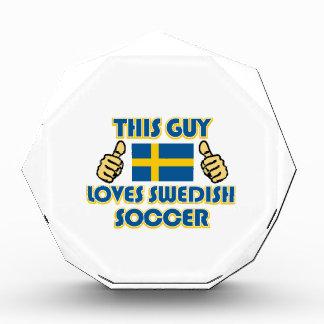 クールなスウェーデンのサッカーファンのデザイン 表彰盾