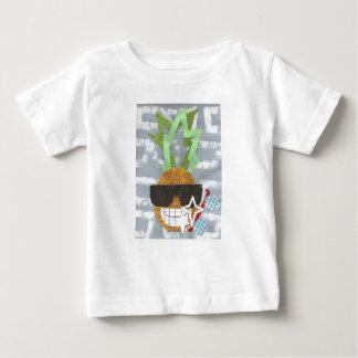 クールなパイナップルベビーのTシャツ ベビーTシャツ