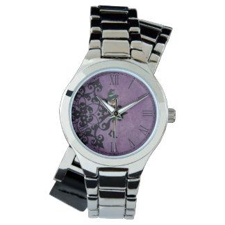クールな入れ墨の女の子の人形のデザイン 腕時計