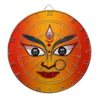 クールな宗教の顔のインドのマスクの女神 ダーツボード