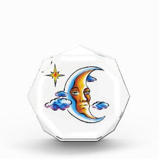 クールな漫画の入れ墨の記号の満月様顔貌の恒星雲 表彰盾