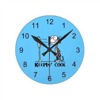 クールな猿を保つこと ラウンド壁時計