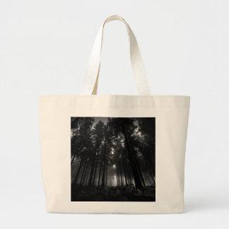 クールな白黒森林霧の沈黙のギフト ラージトートバッグ