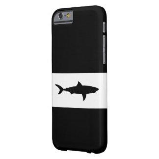クールな鮫のデザイン iPhone 6 ベアリーゼアケース