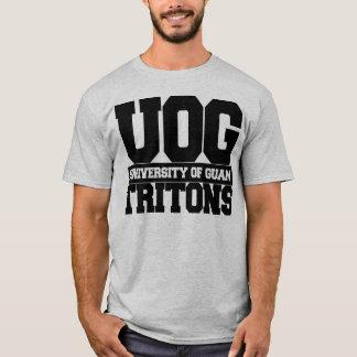 グアムは671大学を経営します Tシャツ