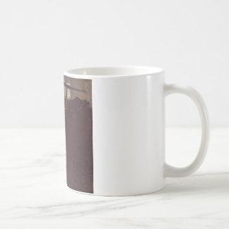 グスタフのクリムトによる納屋の牛 コーヒーマグカップ