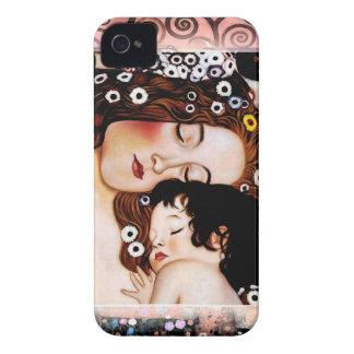 グスタフのクリムトのコラージュによる母そして子供 Case-Mate iPhone 4 ケース