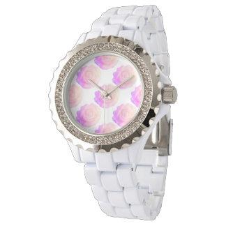 グラデーションなピンクのつや消しのバラの変更の背景色 腕時計