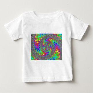 グラフィックはFireyの虹の渦巻を多様化させました ベビーTシャツ