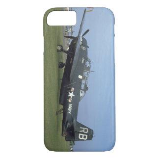 グラマンTBMの報復者、Side_WWIIの左の飛行機 iPhone 8/7ケース