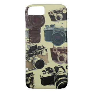 グランジなカメラマンの写真撮影のヴィンテージのカメラ iPhone 8/7ケース