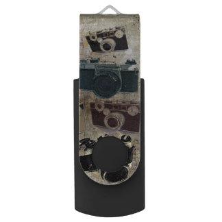グランジなカメラマンの写真撮影のヴィンテージのカメラ USBフラッシュドライブ