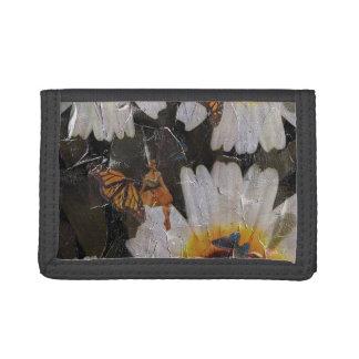 グランジなヒマワリの女性の蝶