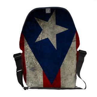 グランジなプエルトリコの旗のメッセンジャーバッグ メッセンジャーバッグ