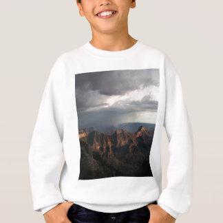 グランドキャニオンの北の縁の虹 スウェットシャツ