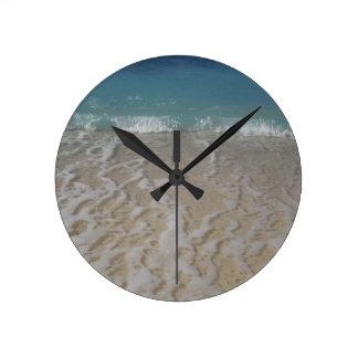 グランドケイマンのビーチ ラウンド壁時計