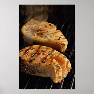 グリルのおいしい鮭の切り身ステーキ ポスター