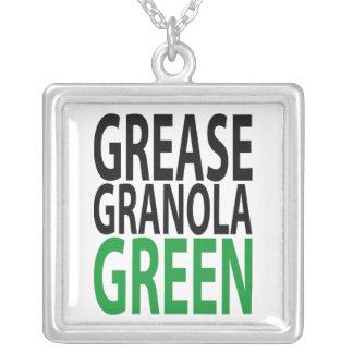 グリース、緑グラノーラ! シルバープレートネックレス