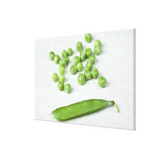 グリーンピースおよび殻 キャンバスプリント