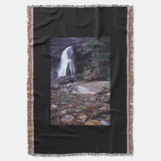 グレーシャー国立公園の滝 スローブランケット