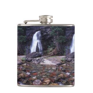 グレーシャー国立公園の滝 フラスク
