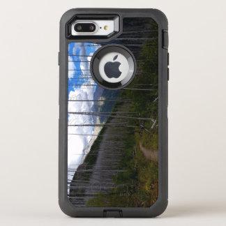 グレーシャー国立公園のHighlineの道の焼損 オッターボックスディフェンダーiPhone 8 Plus/7 Plusケース
