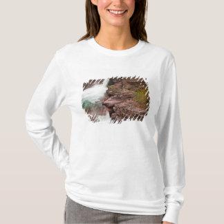 グレーシャー国立公園のSt Maryの滝 Tシャツ